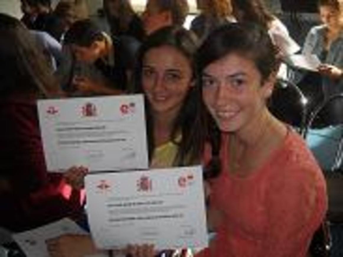 Remise de diplômes de langues dscn4790petit