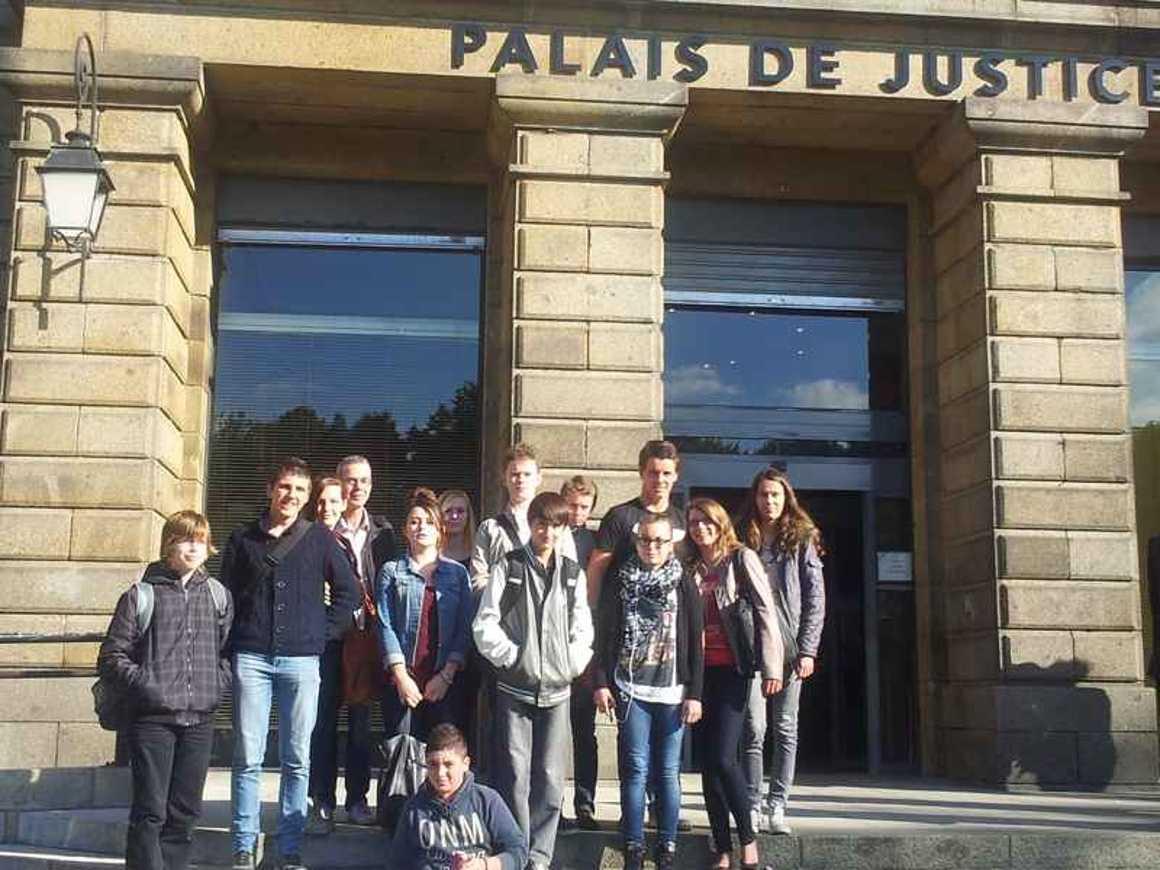 Les 2GA-COM ont découvert le Tribunal de Grande Instance de Saint-Brieuc 0