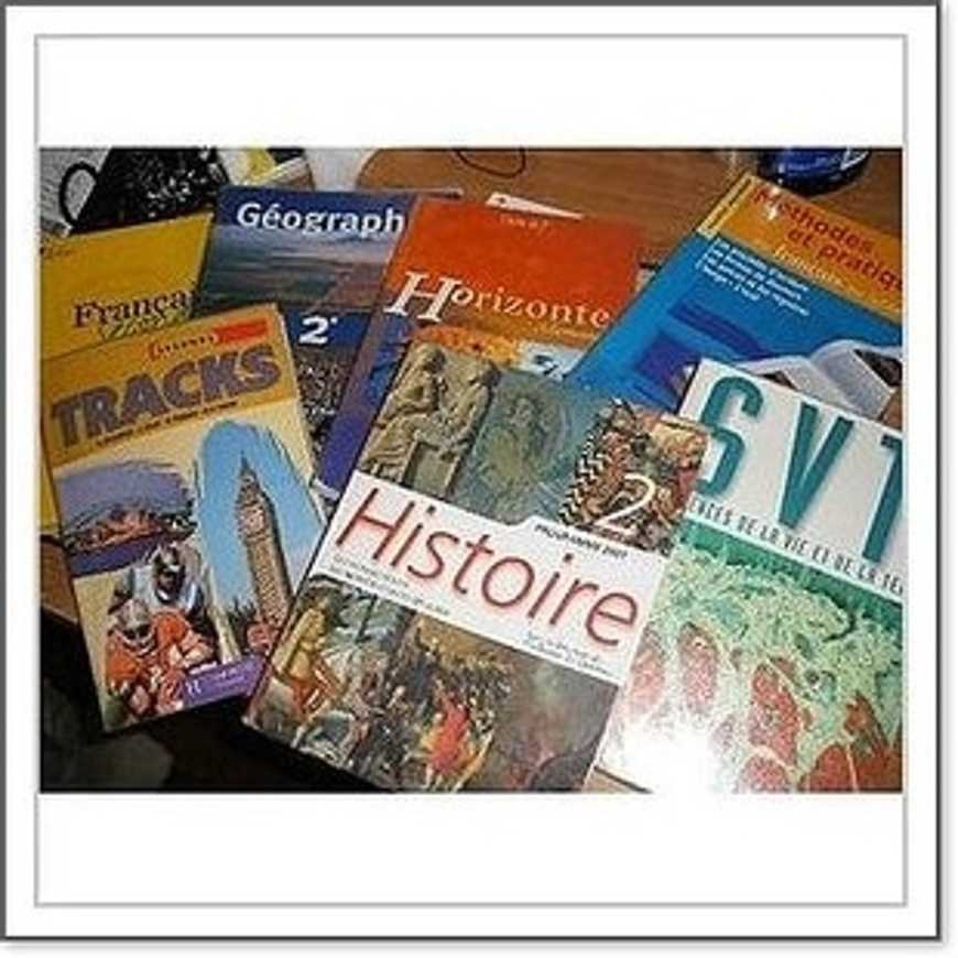 La lsite des manuels scolaires 2015-2016 est disponible 0