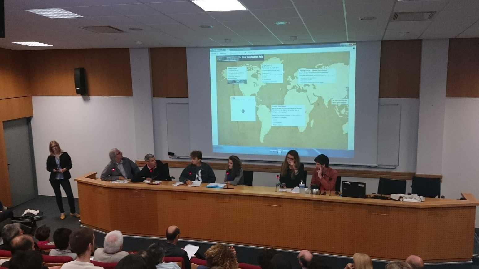 Quatre élèves du ''''projet Alpes'''' ont témoigné lors d''une conférence de Jean Jouzel à Rennes 0