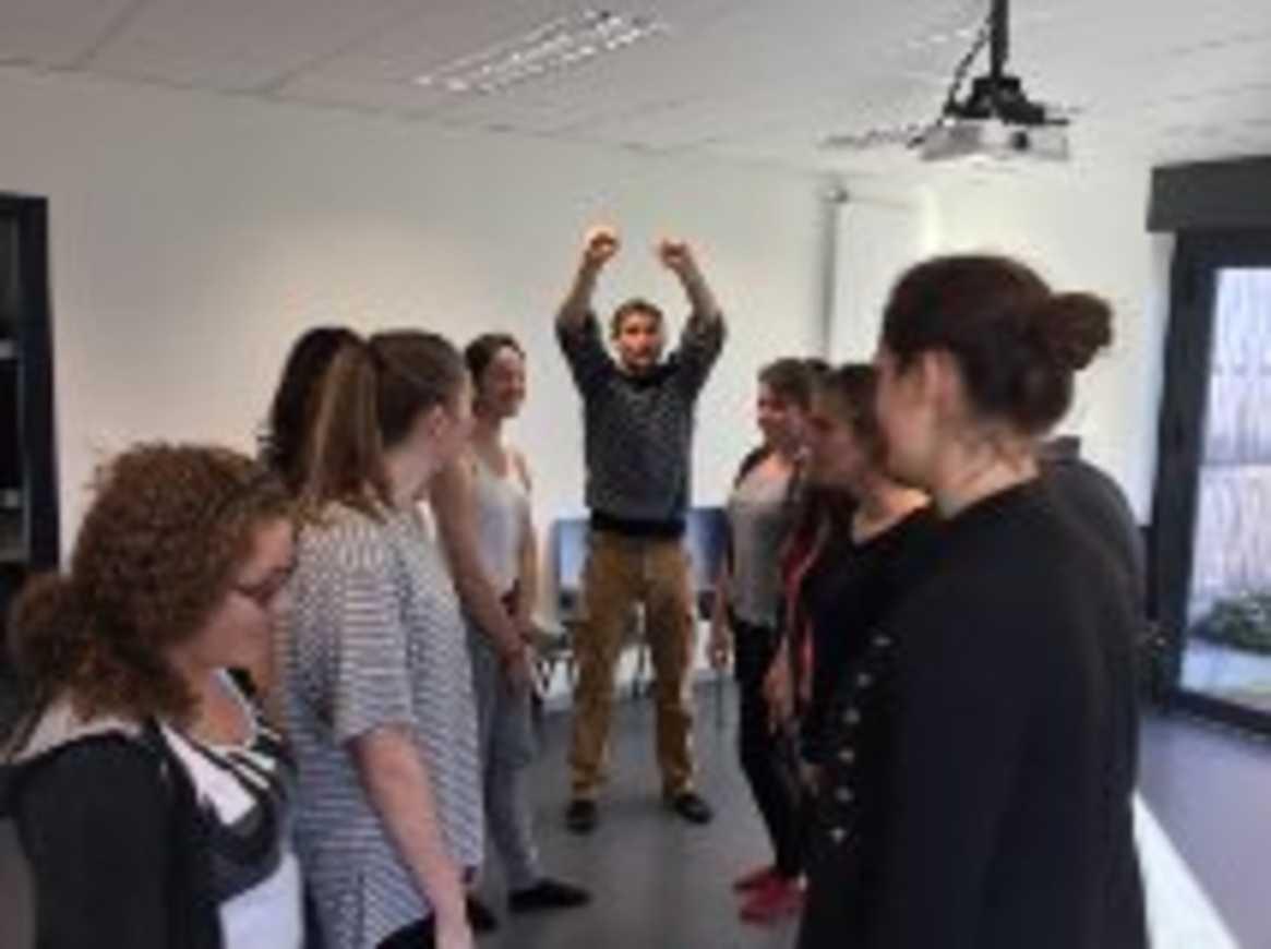 Un premier training avec les comédiens du Totem 0