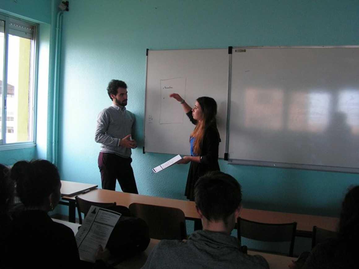 Forum des anciens élèves pict0070