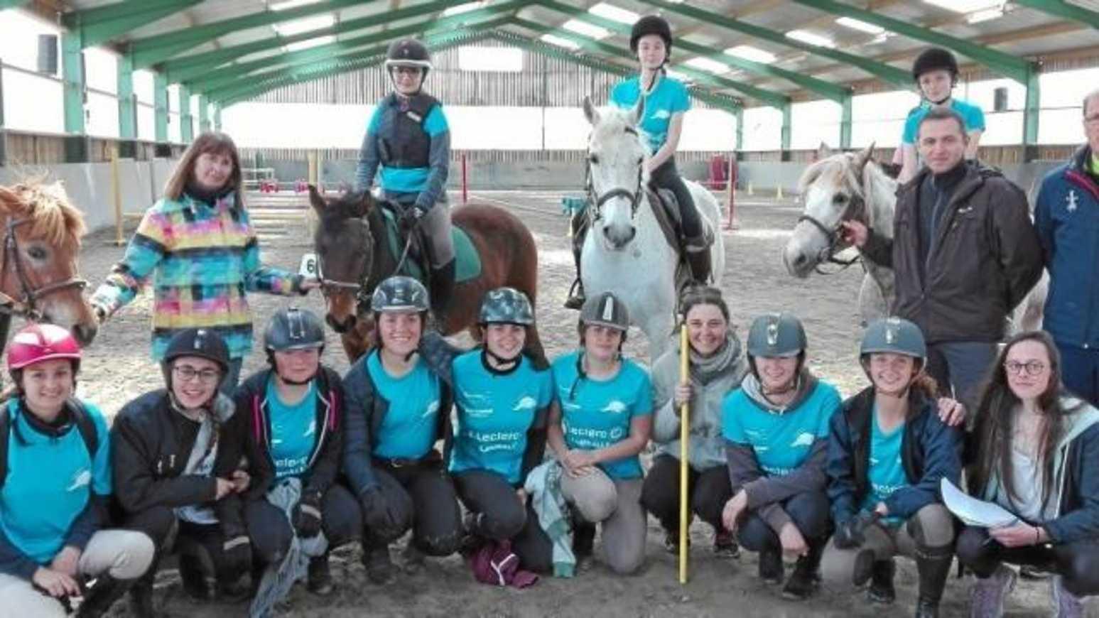 De l''or au championnat académique UNSS d''équitation 0