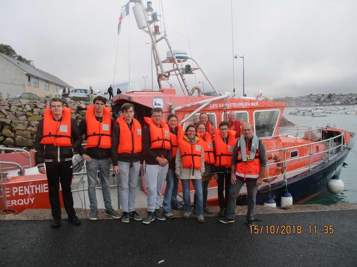 Les élèves du dispositif ULIS visitent la SNSM d'Erquy 0