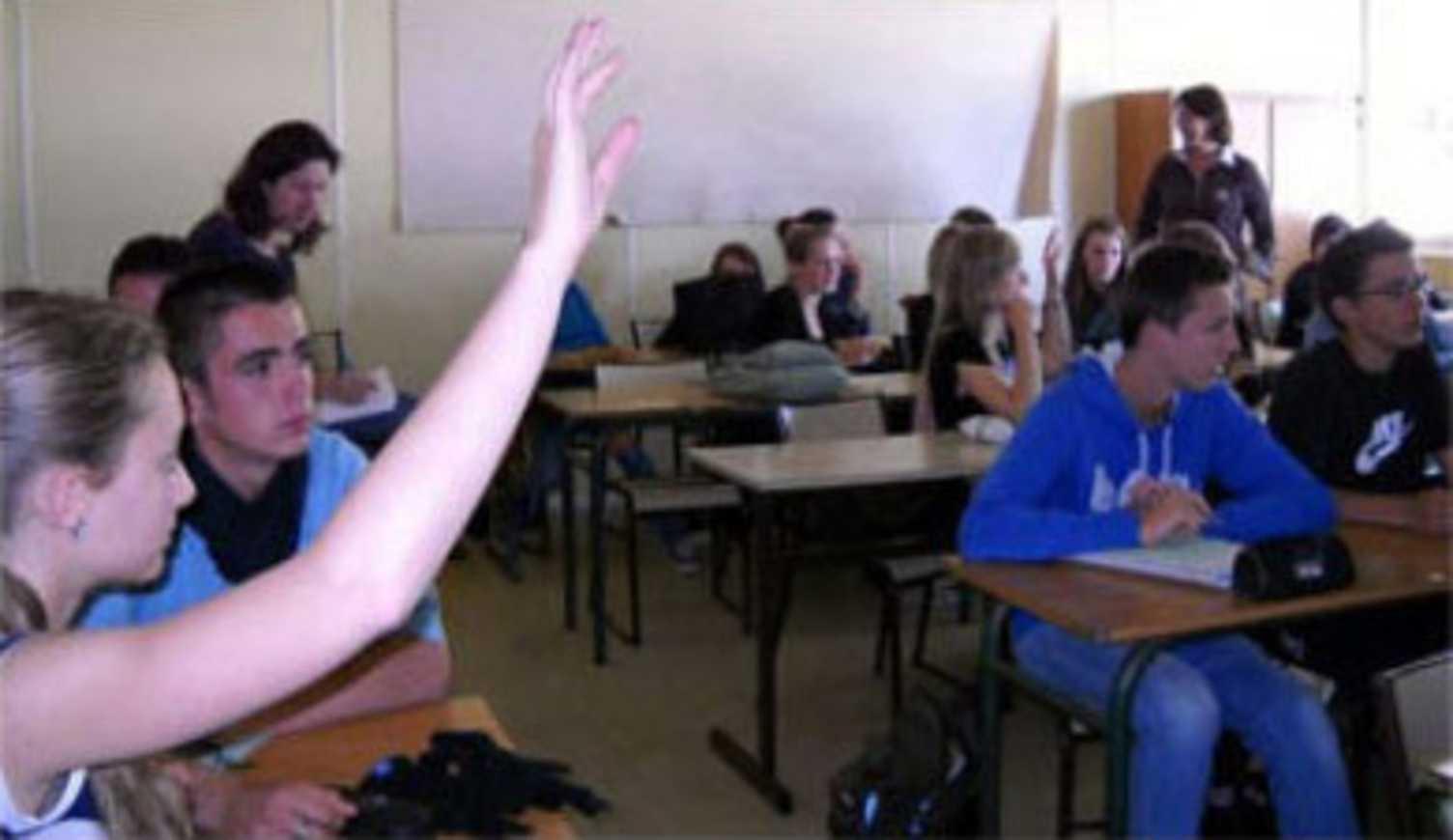 Les lycéens (2010-2011) de seconde 7 du lycée Henri Avril ont fait leurs propositions pour l''Agenda 21 ! 0