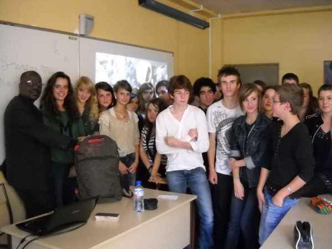 Moussa Mohamed Sagayar sensibilise les élèves du lycée à la situation au Mali photo194