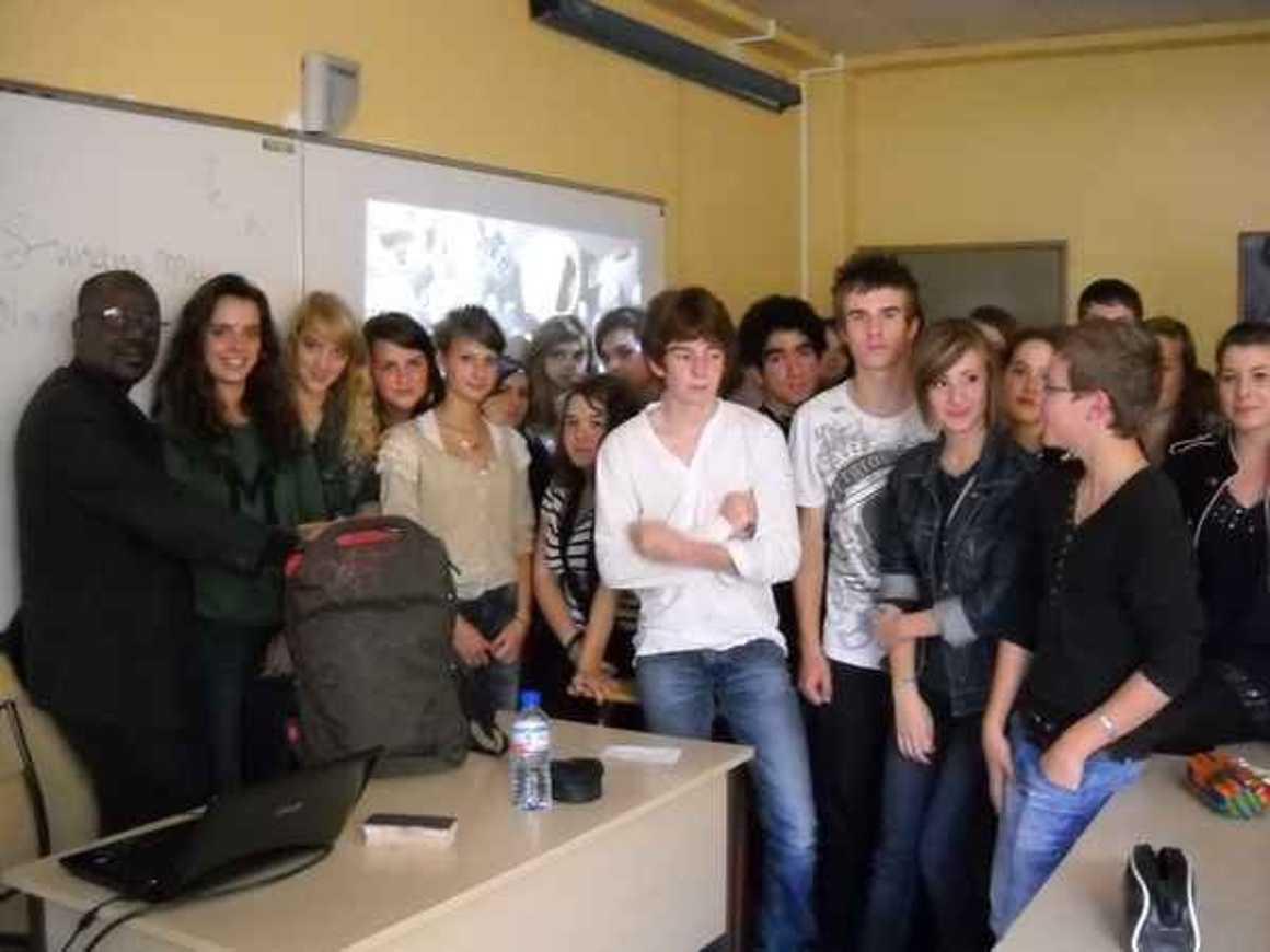 Moussa Mohamed Sagayar sensibilise les élèves du lycée à la situation au Mali 0