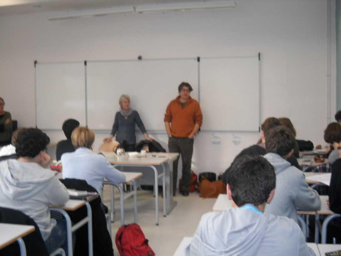 L''écrivain Patrick Bard a rencontré des élèves du lycée dscn1575