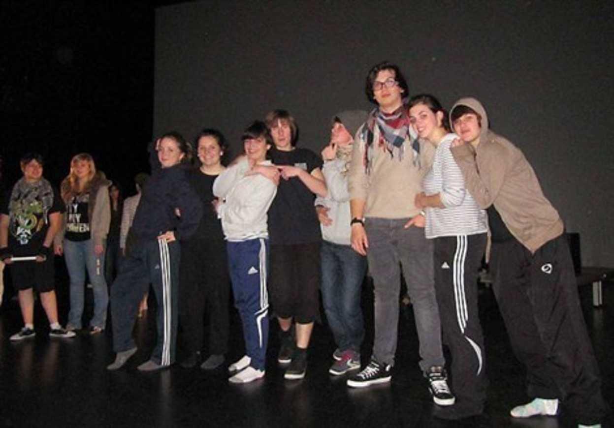 Les lycéens d''Henri-Avril montent sur scène (article OF) 0