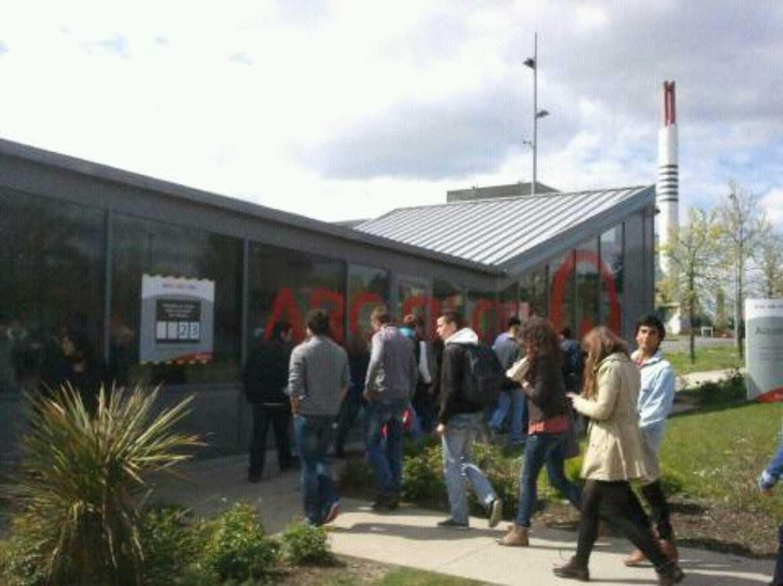 Visite de l''usine Véolia de Nantes pour les 1STG1 1333612918400