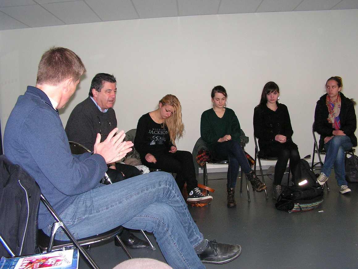 Les élèves de 1L ont rencontré PY Henry pour préparer leur voyage à Avignon 0