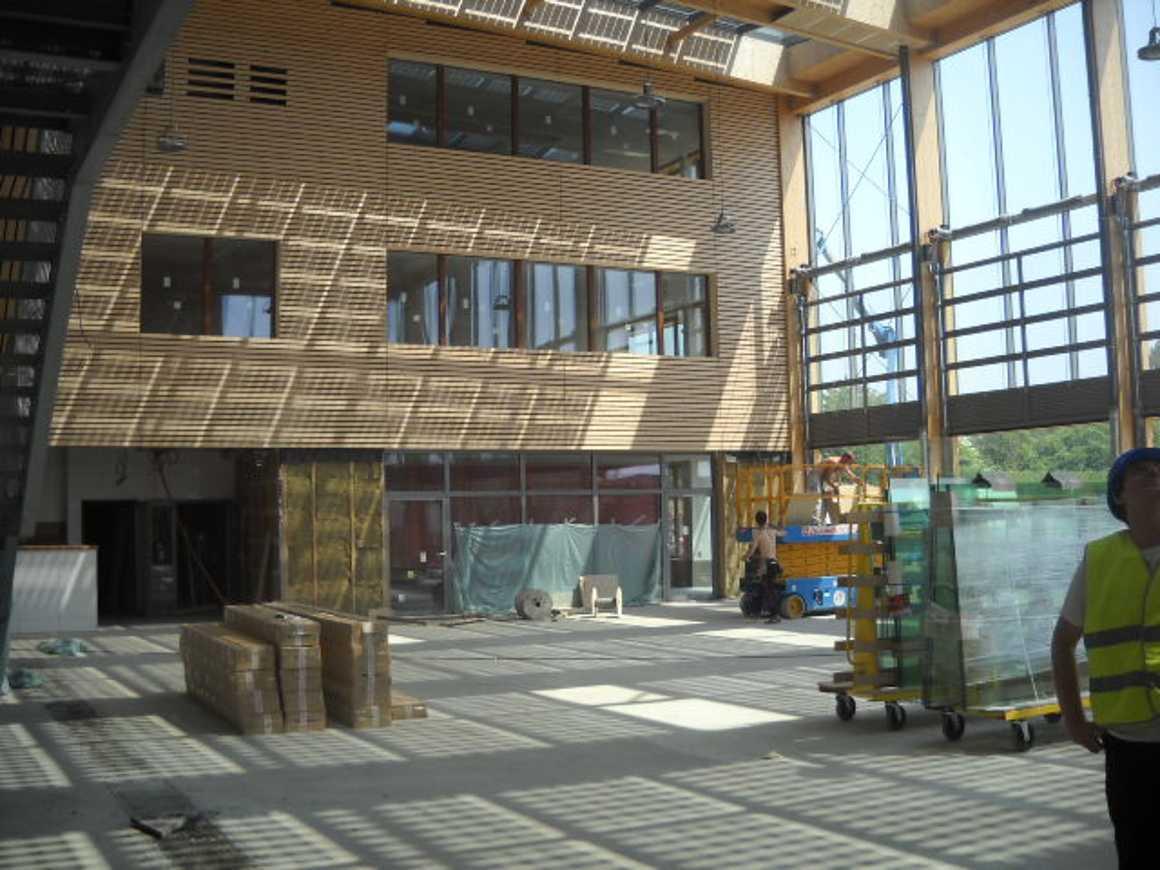 Les secondes 4 ont visité le nouveau collège de Chatelaudren dscn2757
