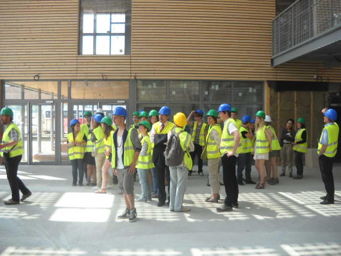 Les secondes 4 ont visité le nouveau collège de Chatelaudren dscn2758