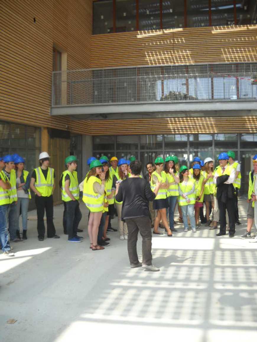 Les secondes 4 ont visité le nouveau collège de Chatelaudren dscn2759