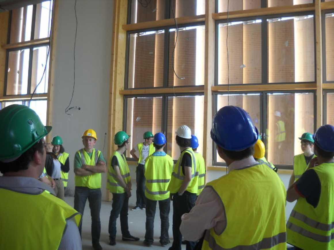 Les secondes 4 ont visité le nouveau collège de Chatelaudren dscn2764