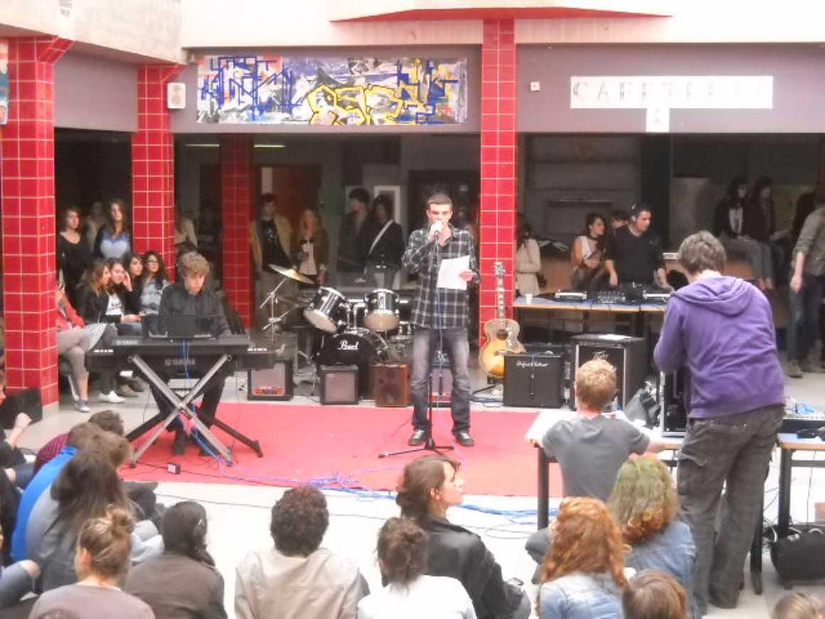 Midi des talents 2012 : carton plein!! dscn2904
