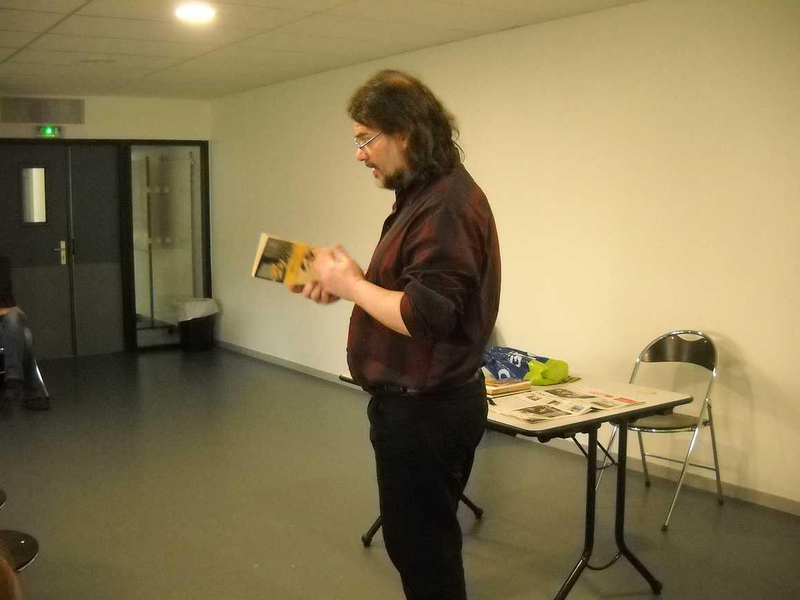 Jean Hugues Oppel a rencontré les 3ième prépapro et les 1ière TP PJ dscn3406