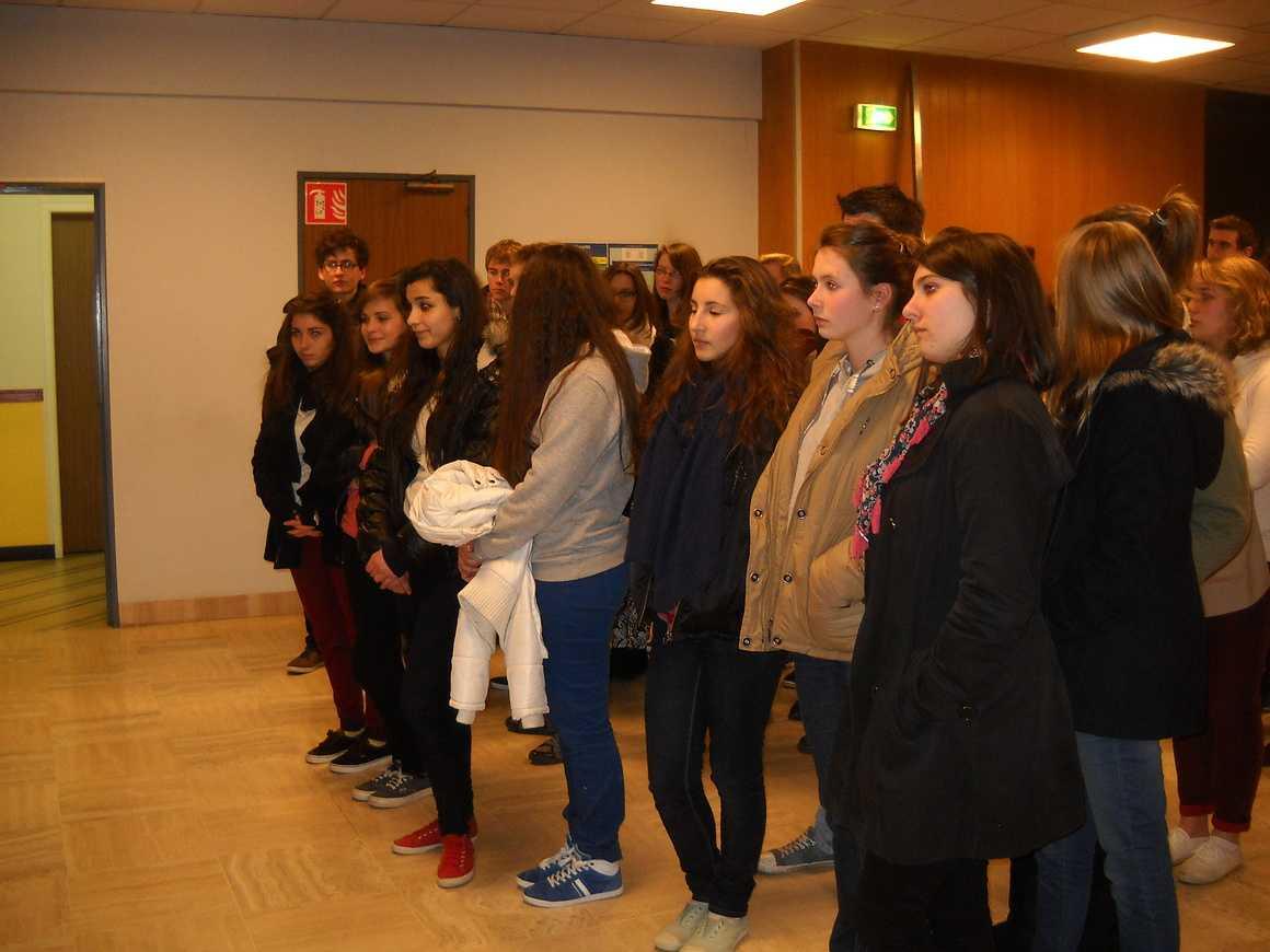 Des élèves de seconde et de terminale ont visité l''imprimerie de Ouest France dscn3483