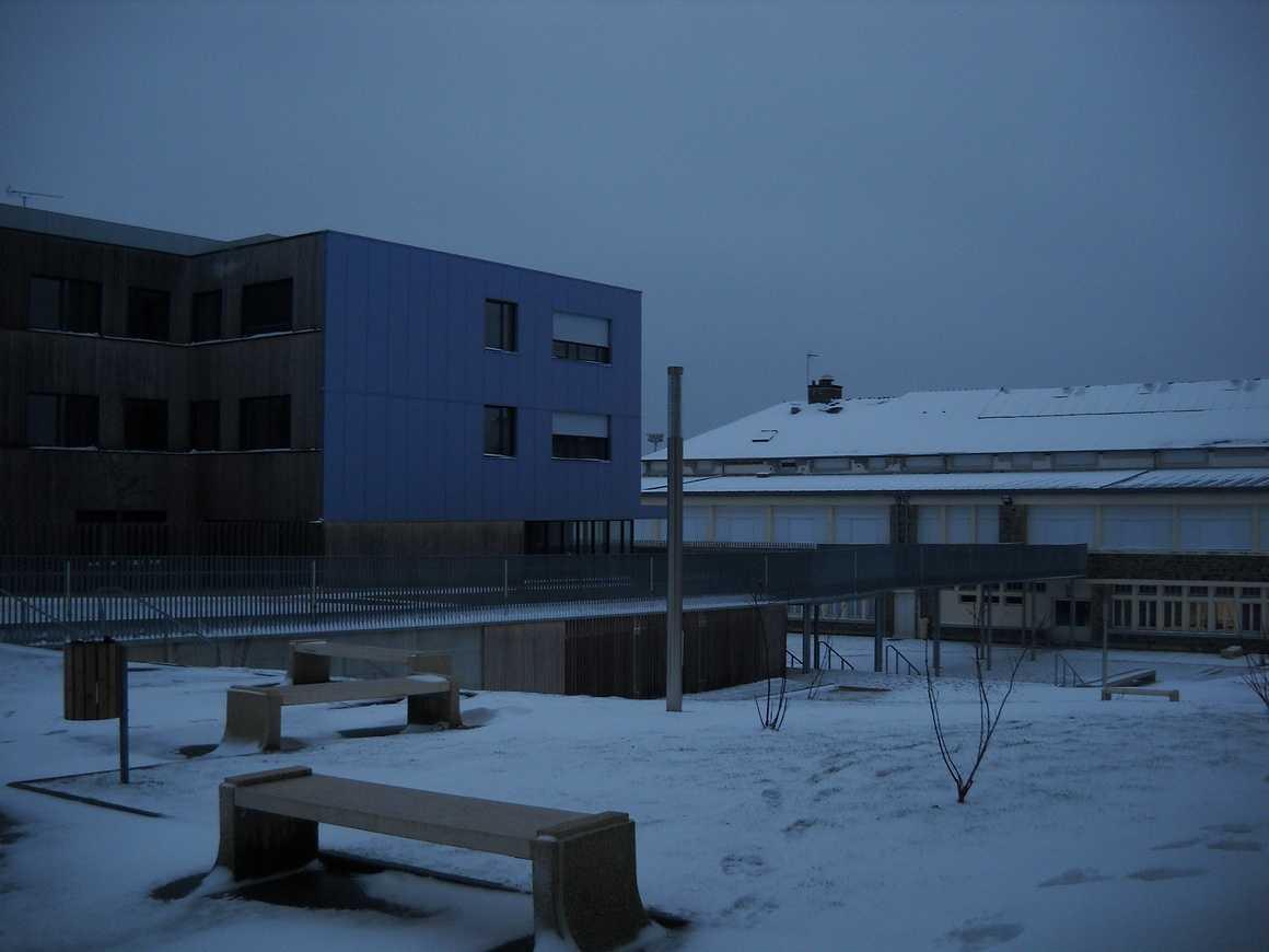 Le lycée sous la neige dscn3663