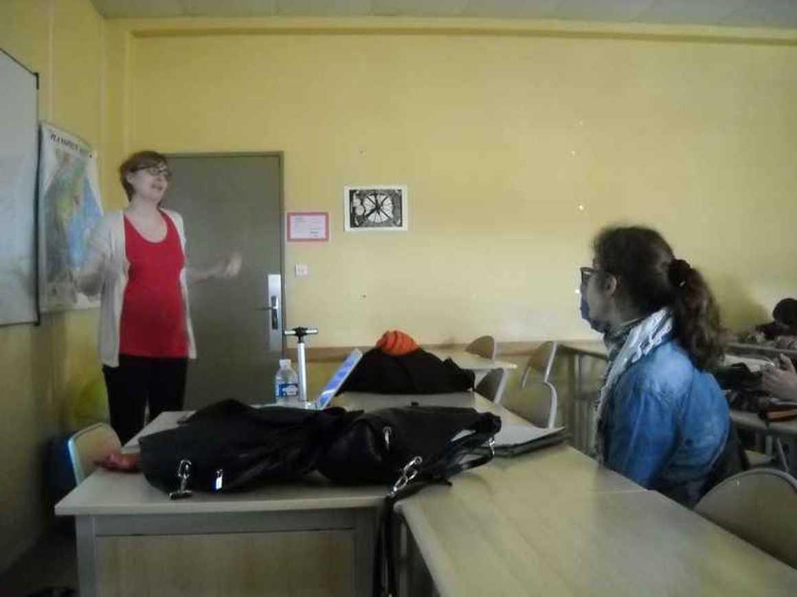 Roselyne Quemener a rencontré les Premières L dscn4211