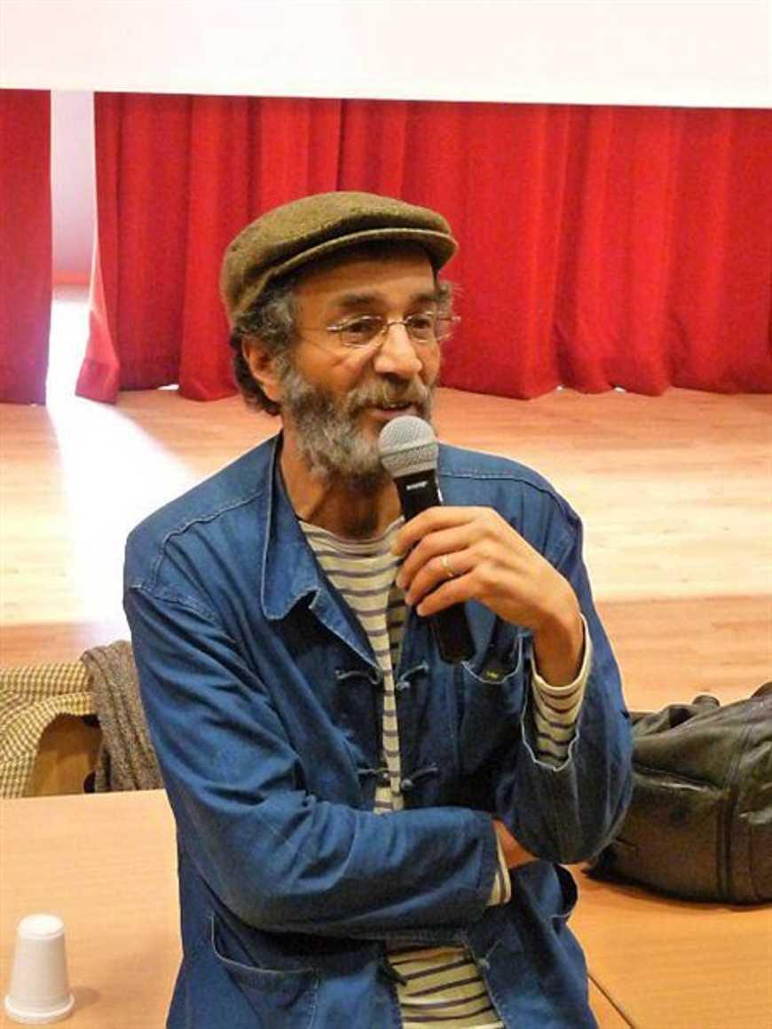 Hafed Benotman reçoit le prix « e-polar » au lycée Renan (OF) 0