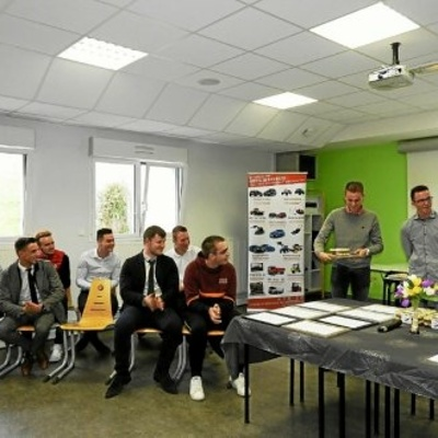 100 % de reçus au BTS Techniciens Commercialisation de matériels et véhicules honorés