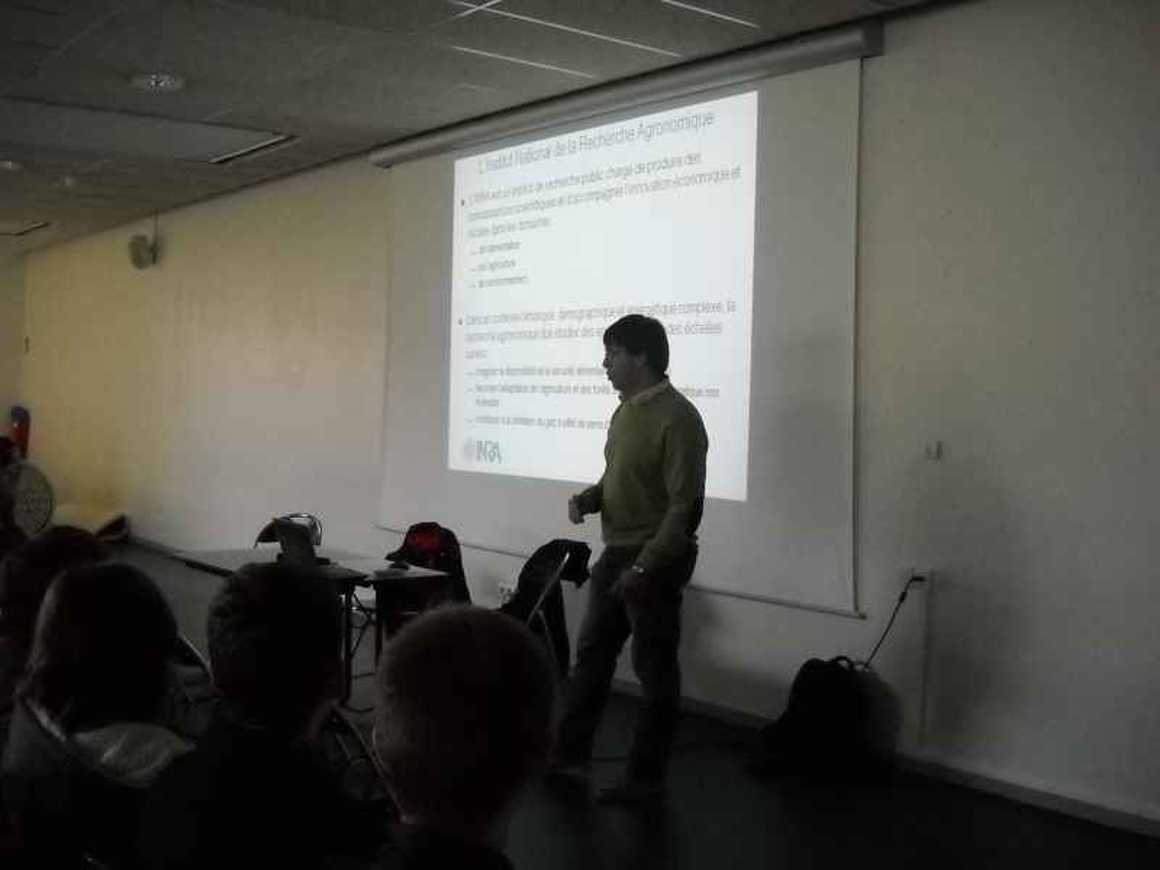 Vincent Faloya, ingénieur à l''INRA a rencontré les 1S dscn4942
