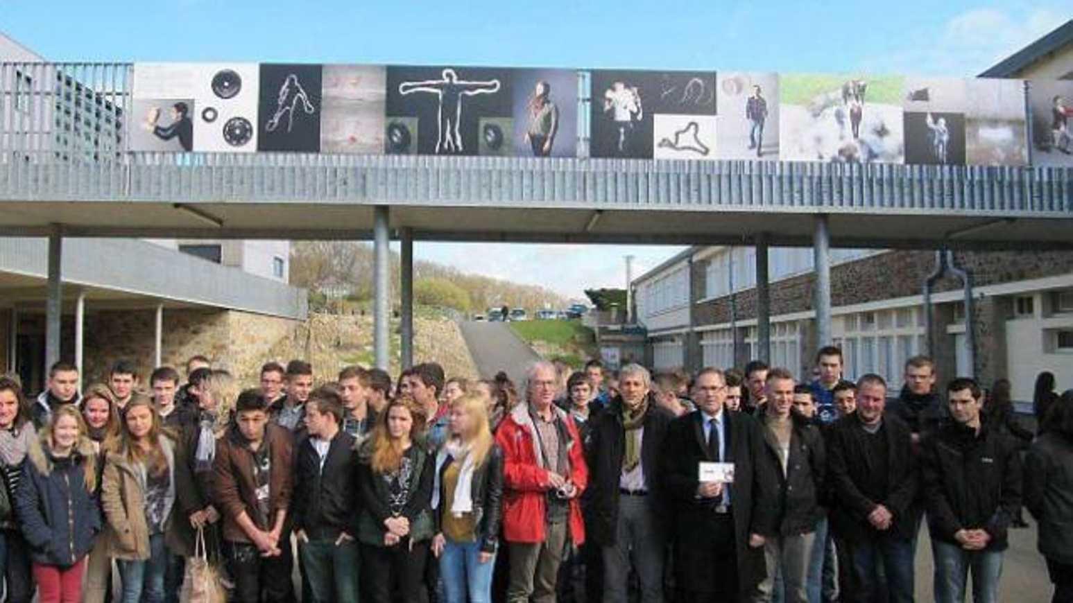 Lycée Avril : une exposition en roue libre (Ouest France) 0