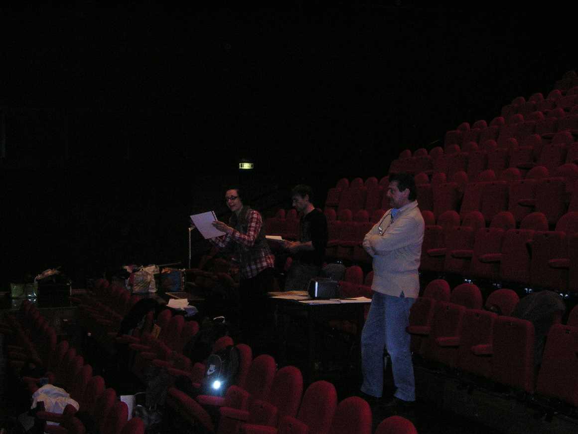 """Répétition du spectacle des 1ères L : """"Le Grand Bazar"""" mars2011013"""