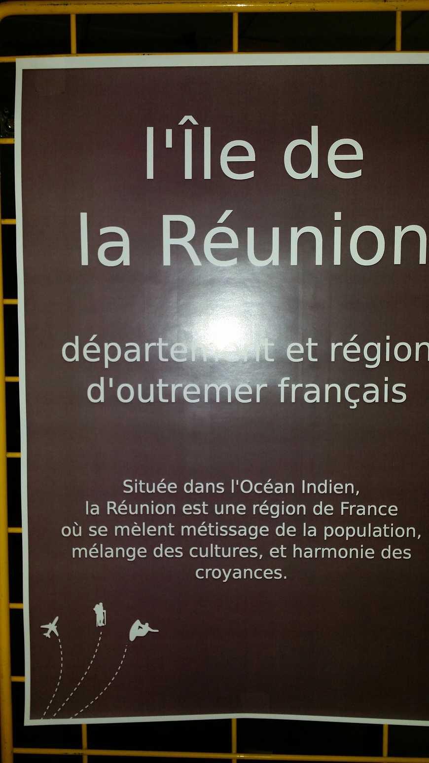 La Réunion: exposition dans le hall E 20141125143420resized