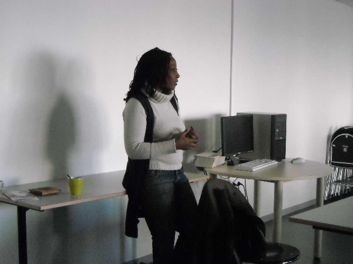 Zara Moussa : une rappeuse nigérienne au lycée dscn0196