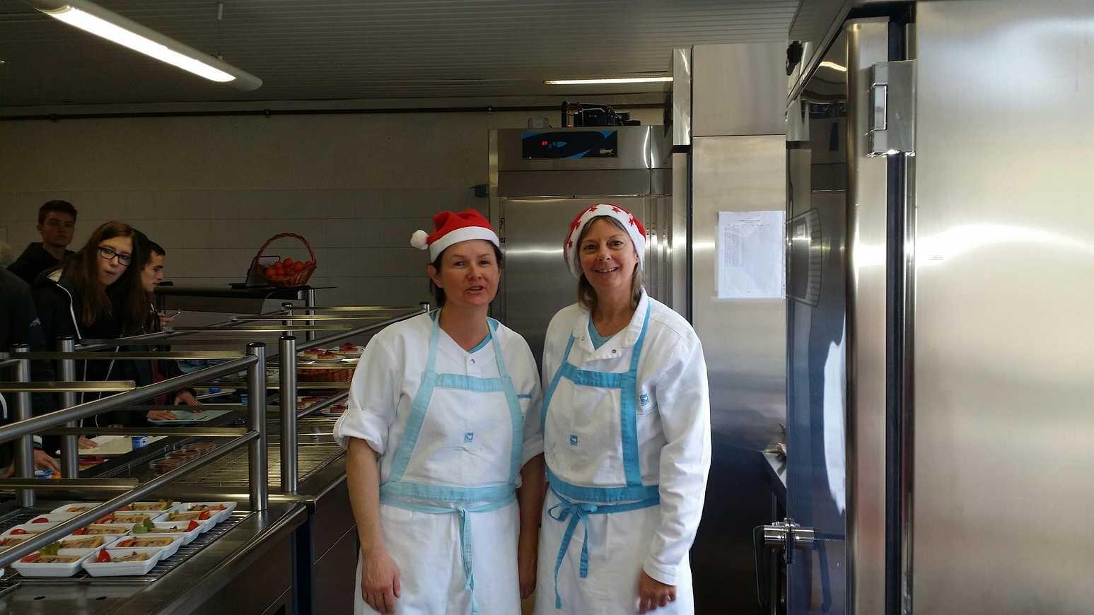 Noël avant l''heure au restaurant scolaire 20141216124409resized