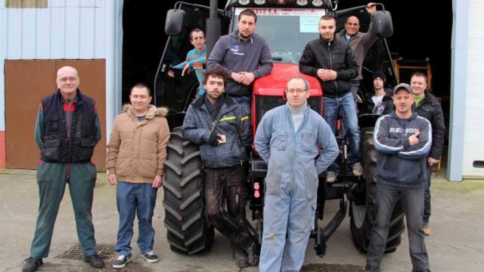 Chômeurs, ils se forment au machinisme agricole (OF) 0