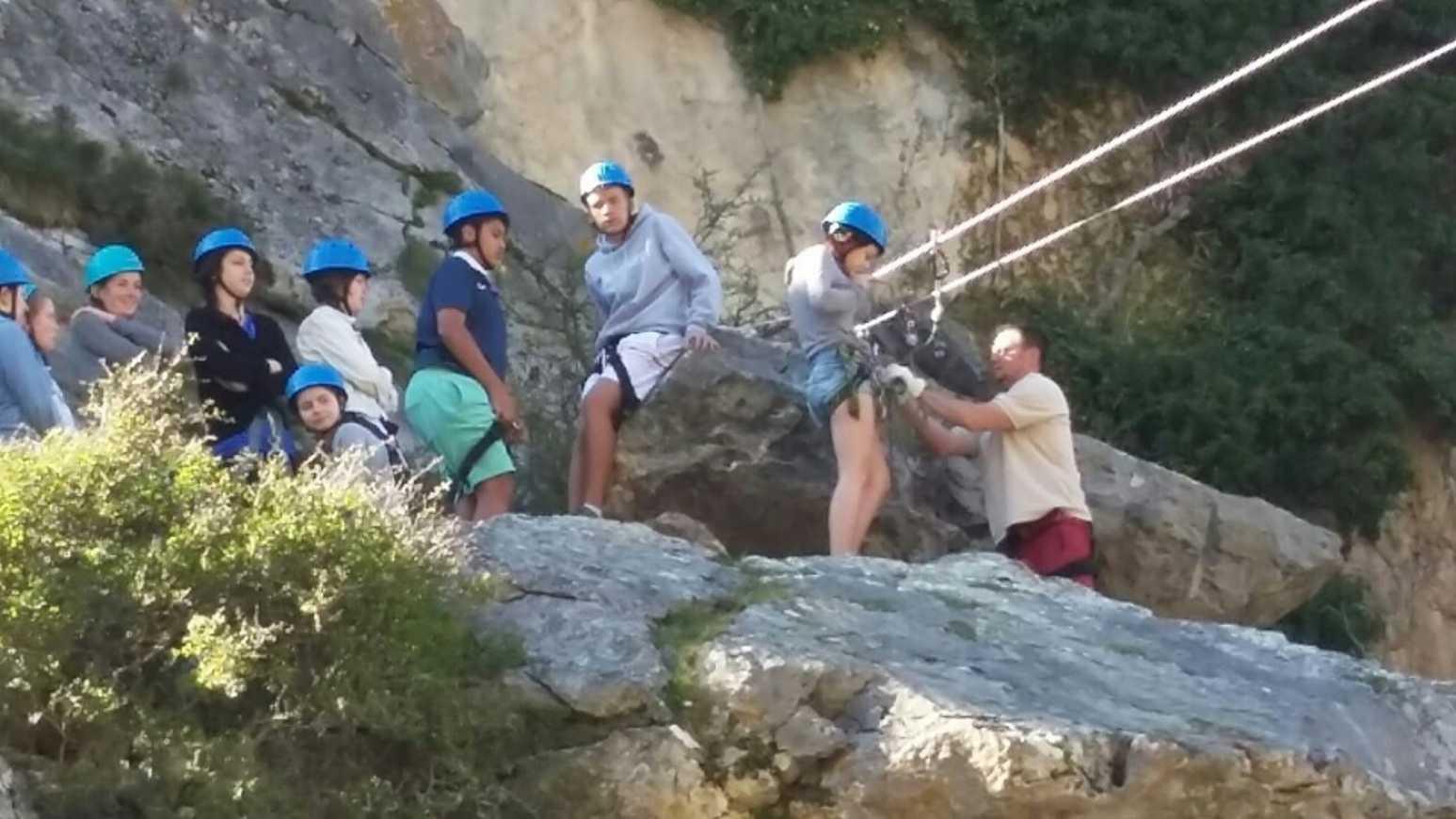 Rafting et escalade pour nos voyageurs du Portalon img-20150406-wa0013resized