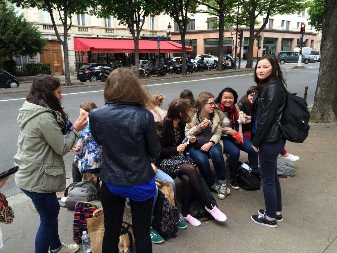 Voyage à Paris des 2des1 et 2des7 img0021