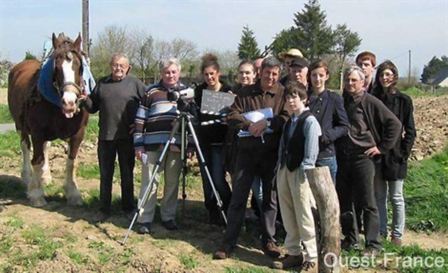Le gallo sous les projecteurs lycéens à la ferme d''Antan (article OF) 0