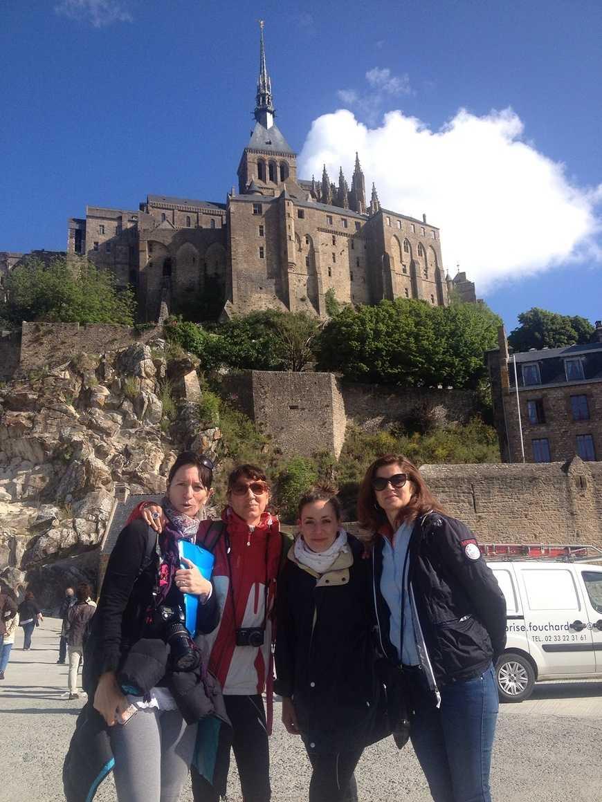 Les correspondants espagnols de Valence découvrent le Mont St Michel img-20150601-wa0000
