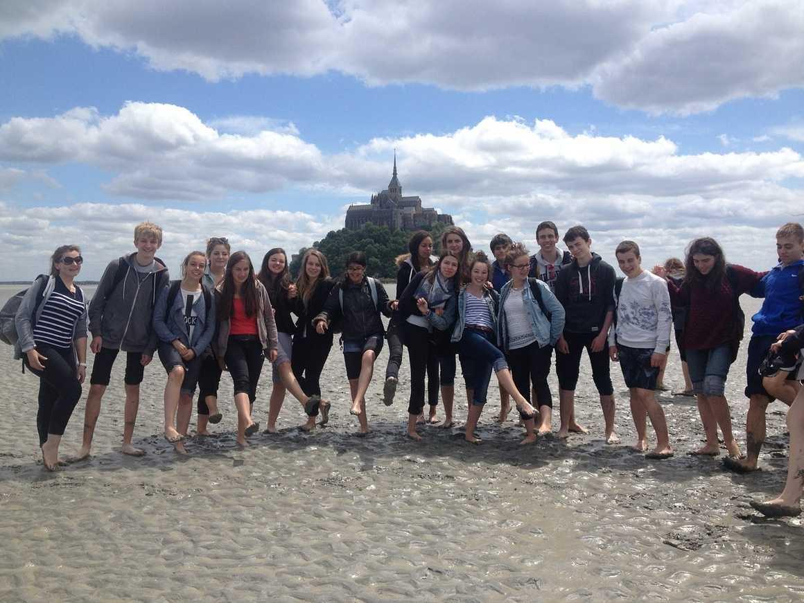 Les correspondants espagnols de Valence découvrent le Mont St Michel 0
