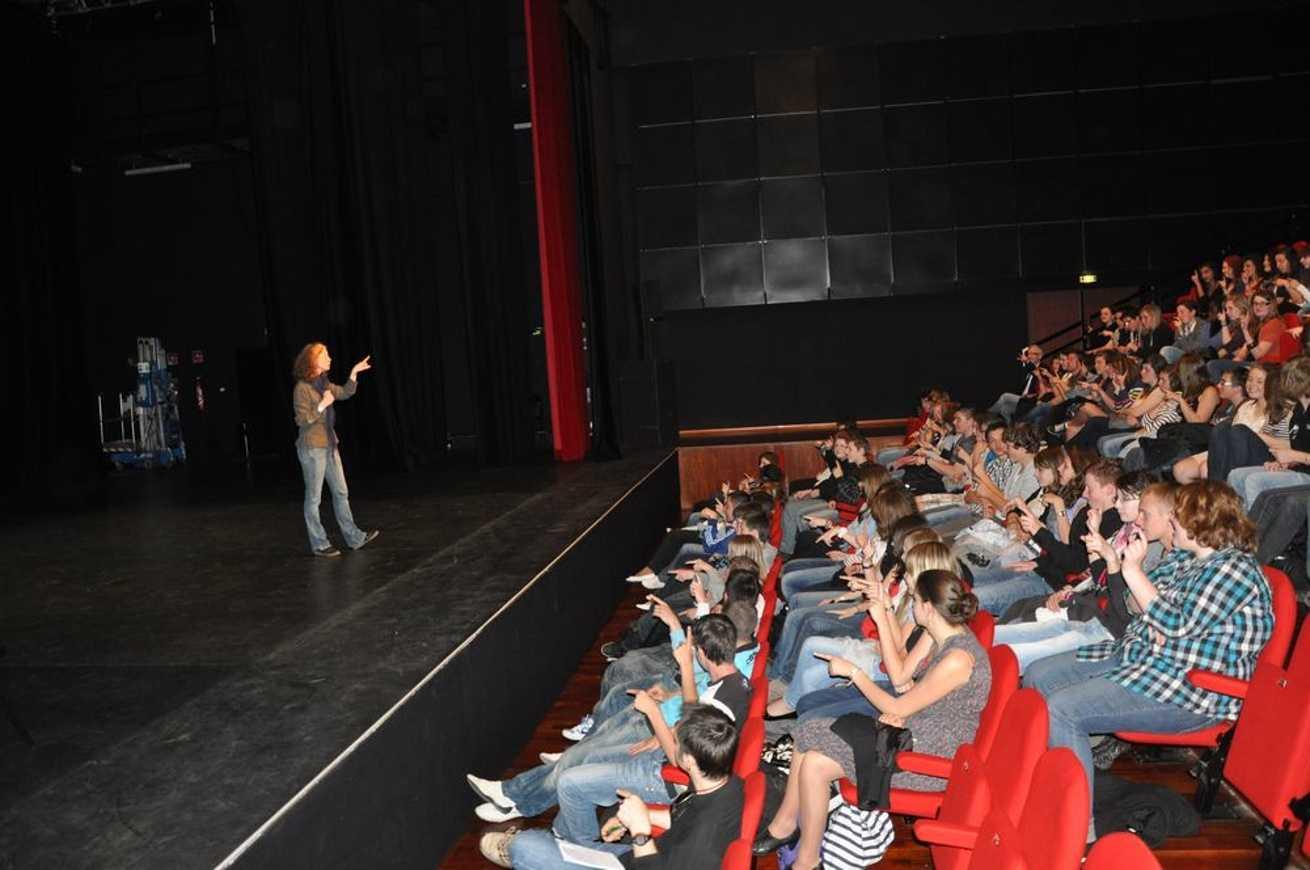 Théâtre forum prévention des risques dsc0017
