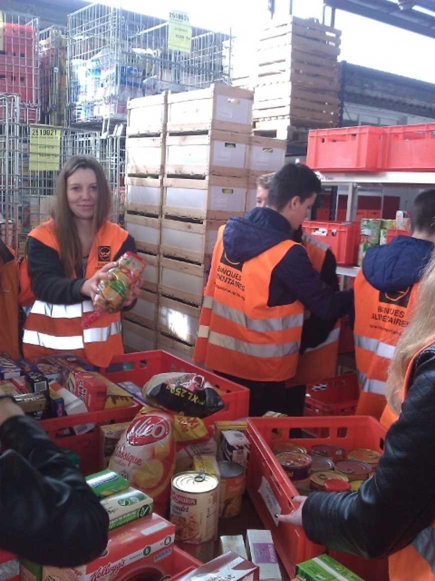 394.2 kg de denrées collectées pour la Banque alimentaire des Côtes d'Armor emilie