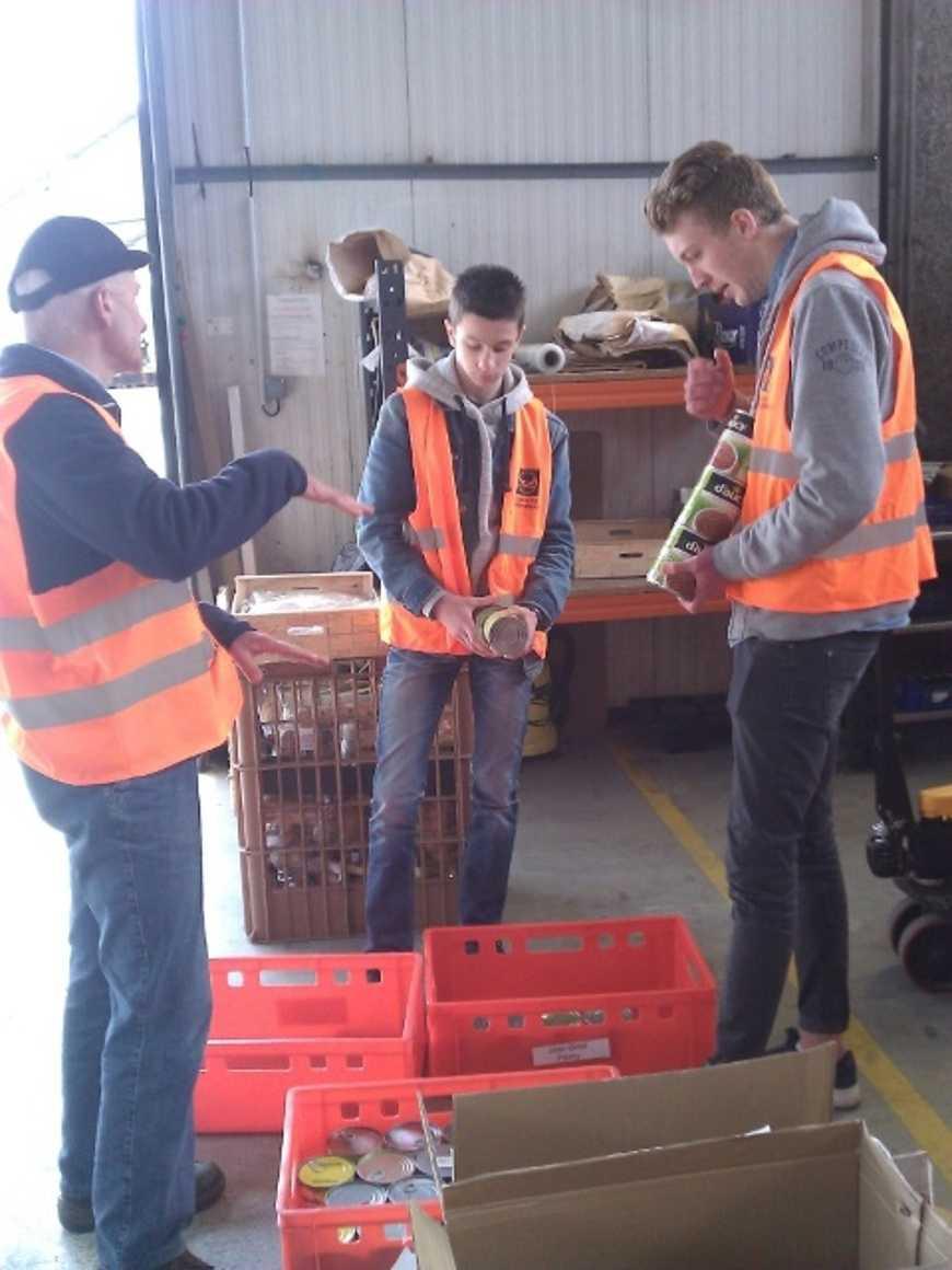 394.2 kg de denrées collectées pour la Banque alimentaire des Côtes d'Armor kevinetlucattentifsauxconseilsdesbenevoles