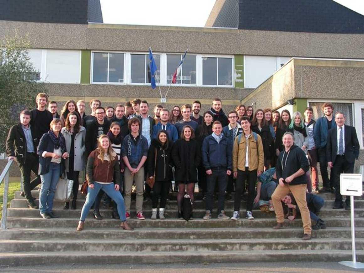 Forum des anciens élèves 0