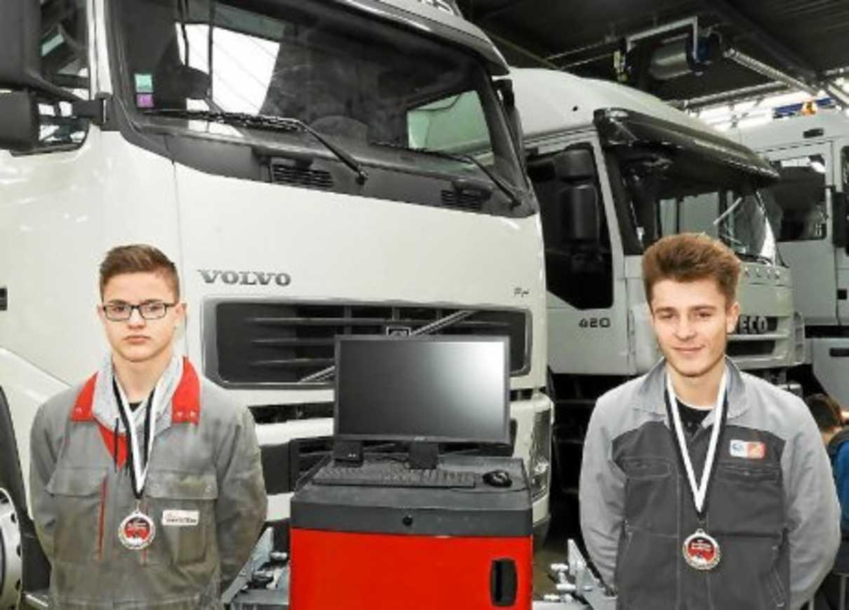 Marius et Antoine décrochent de l''or et du bronze aux Olympiades des métiers 0