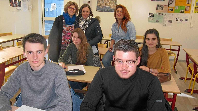 Les lycéens découvrent d''autres langues étrangères 0
