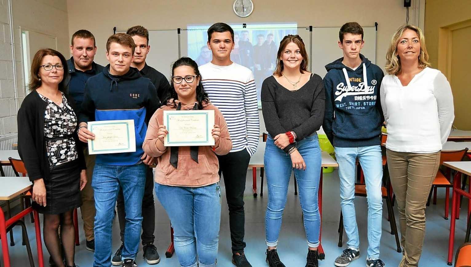 Cinq lycéens d''Henri AVRIL en stage en Irlande 0