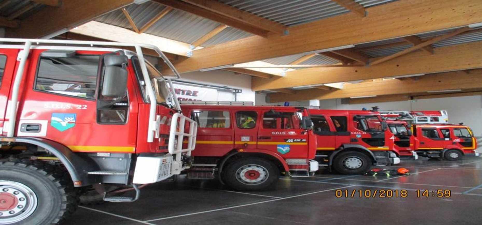 Les élèves ULIS en visite chez les pompiers 0