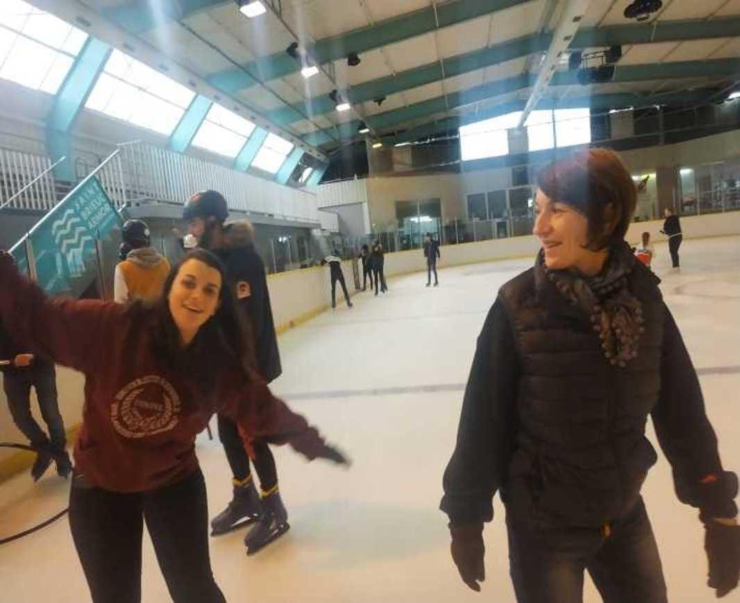 Les internes patinent patinoire3