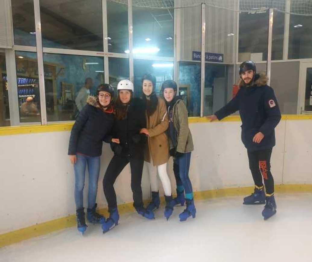 Les internes patinent patinoire6