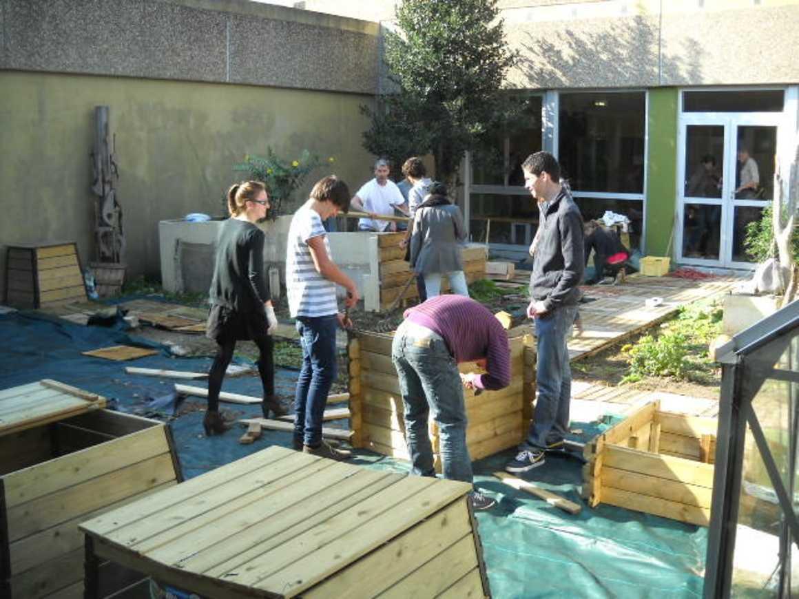 Le patio reprend vie la veille des vacances de Toussaint 0
