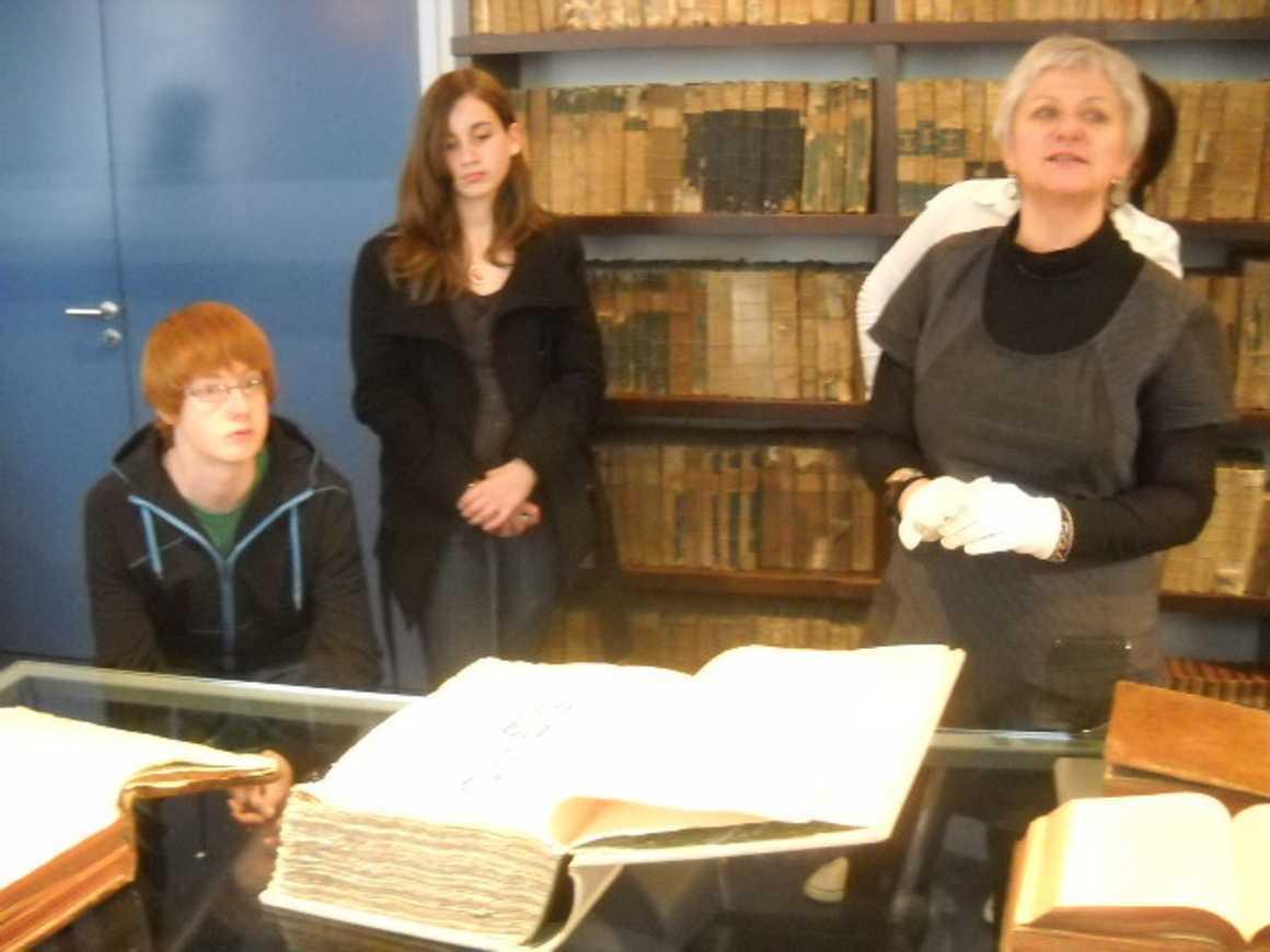 Découverte du fonds ancien de la Bibliothèque Municipale de Lamballe 0